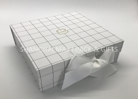 Fancy 7× 7 Chipboard Gift Boxes White Grid Printing Matt Lamination Surface Disposal